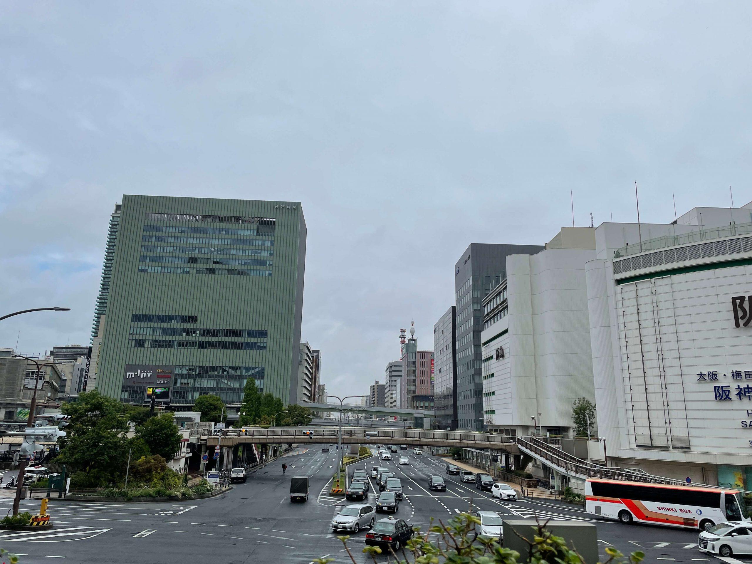 三宮の風景(iphone12miniで撮影)